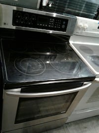 LG electric stove good condition very clean  Baltimore, 21223