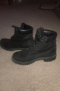 Black timbs size 10 Glen Burnie, 21061