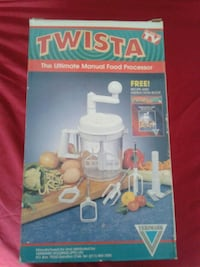 Twista the ultimate manual food processor London, N6G 3S2