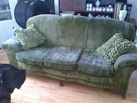 1920 green velour couch Brampton