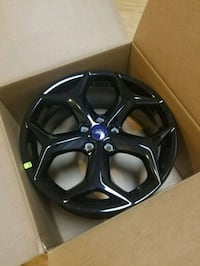 black 5-spoke car wheel in box Frederick, 21703