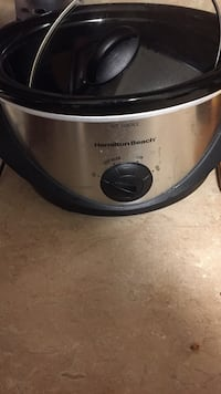 stainless steel and black Crock-Pot slow cooker Dover, 19904