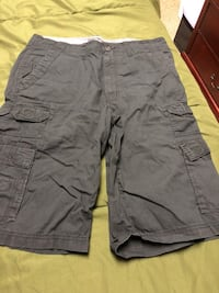 Black and gray cargo shorts Shoemakersville, 19555