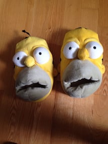 Homer Simpson slippers size M9-10