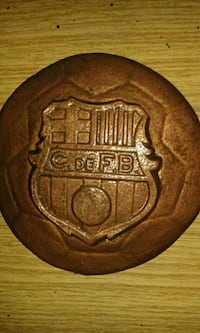 Barcelona escudo colgar 12 cm bronce y color Madrid