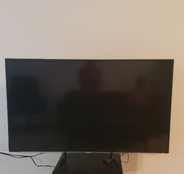 Used Samsung Led Smart Tv 60 Inches With Tv Stand For Sale In
