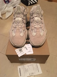 Size 10 Authentic Yeezy 500 Dessert Rat (Blush) Toronto, M5A 2C6