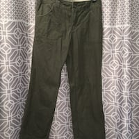 Columbia pants never worn size 4 Cut Off, 70345