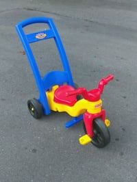 Fisher Price ride on push toy Charlotte, 28205