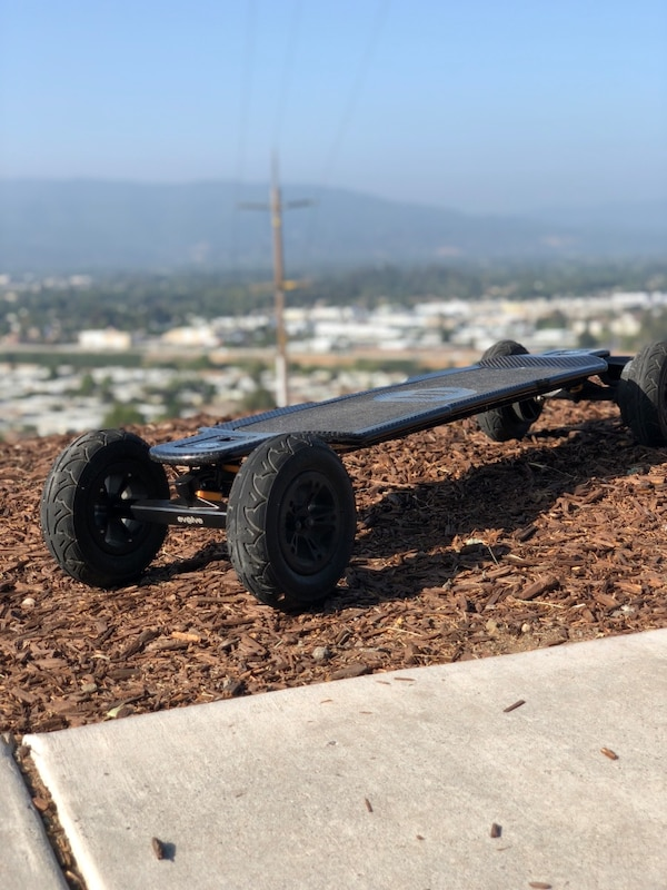 Used Evolve Carbon Gt Electric Skateboard For In San Jose