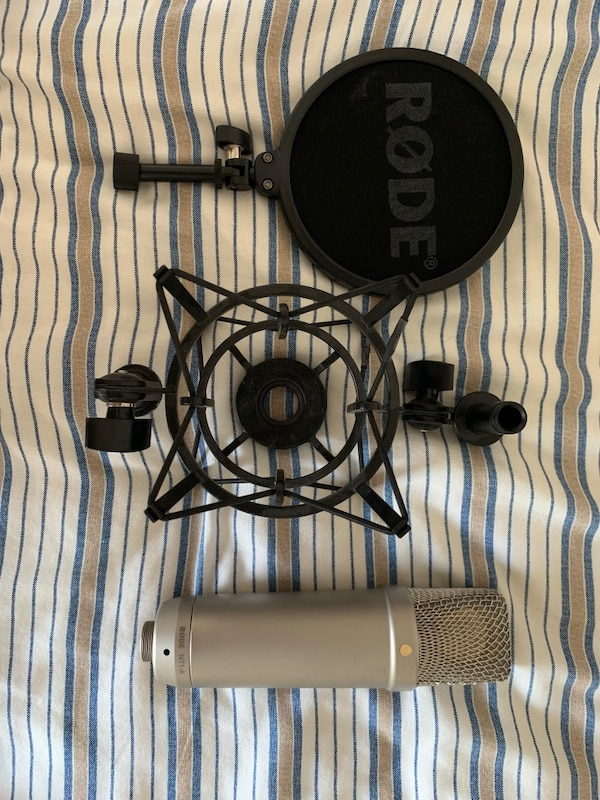 used rode nt1 a cardioid condenser microphone for sale in raleigh letgo. Black Bedroom Furniture Sets. Home Design Ideas