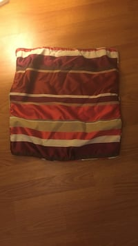 Pier 1 pillow case red and gold  Columbia, 21045