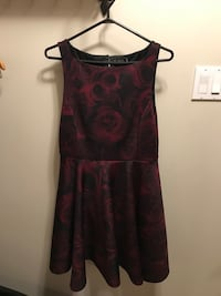 Ladies size 12 Dress great for the Holidays Vaughan, L4K 4X6