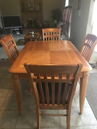 Dining Table and chairs Waldorf