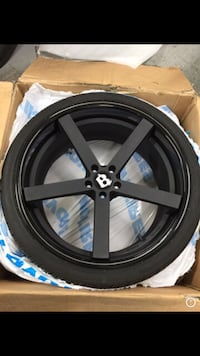 "22"" Giavanna custom wheels & tires set of 4 North Vancouver, V7L 1B7"