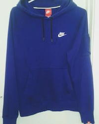 Men's medium nike hoodie  Winnipeg, R3E 1K7