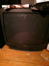 black CRT TV with remote Picayune, 39466