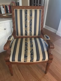2 Queen Anne chairs. Like new, clean and comfortable! Tucker, 30084