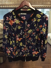 Floral Light Weight  Zip Up Los Angeles, 90036