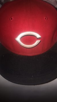 Reds fitted Hat Worcester, 01606