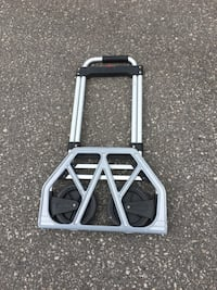Load carry trolley