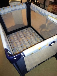 Graco Playard for baby  Vancouver, V6P 4M9