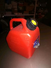 Used 5 liter Gas tank  Surrey, V4N 0P3