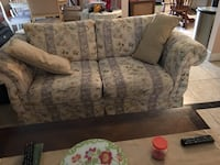 gray and green floral fabric loveseat Orlando, 32818