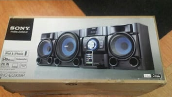 Sony speaker for sale 10/10 Condition  call  [TL_HIDDEN]  if interested