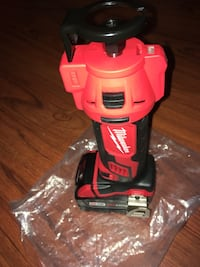 Milwaukee M18 Cut Out Tool (2627-20) & M18 Redlithium XC 3.0 Battery Pack (48-11-1828) New York, 10453