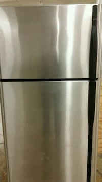 Stainless refrigerator top freezer ice maker  Lincolnia, 22312