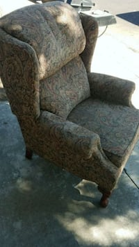 brown and gray floral sofa chair Modesto, 95358