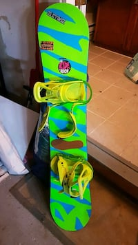 Ride Snowboard with bindings Whitby, L1N 0A6