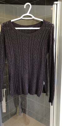 american eagle sweater Markham, L3R