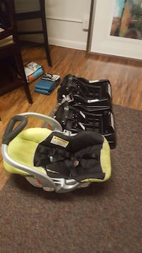 Carseat with TWO Bases New Windsor, 21776