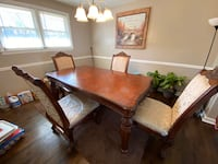 Real hard wood dining table w/ 4 chairs still in plastic ! Temple Hills, 20748