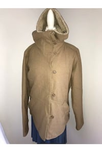 Patagonia women's jacket  Size xl (fits med/lrg) Retailed $350+   Surrey, V4N 6A2