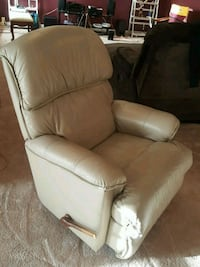 white leather padded sofa chair White Plains, 20695