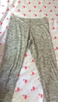 Comfy leggings size medium worn twice brand : aero