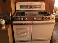 Wedgewood gas stove Coquitlam, V3K 4W2