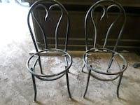 4 heart back metal chairs Pawtucket, 02860