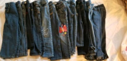 Girl's 3T LOT of clothes 56 plus pieces