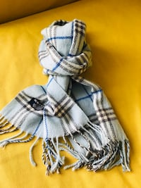 Burberry scarf North Vancouver, V7L 2N4