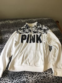 white and black pink sweatshirt size medium Winnipeg, R2J 2X6