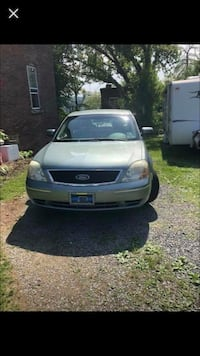 Ford - Five Hundred - 2005 Pittsburgh, 15212