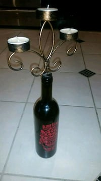 Skull wine bottle candle holder Coquitlam, V3K 3K9