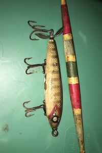 Antique lure and float Lebanon, 37087