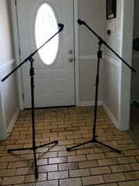 Proline LST2BK Speaker Stands and Mic Stands and G Montgomery, 36109
