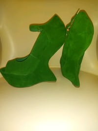 New - Green Suede Shoe 7.5 Atlanta