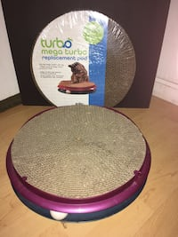 Kitty scratch pad and toy